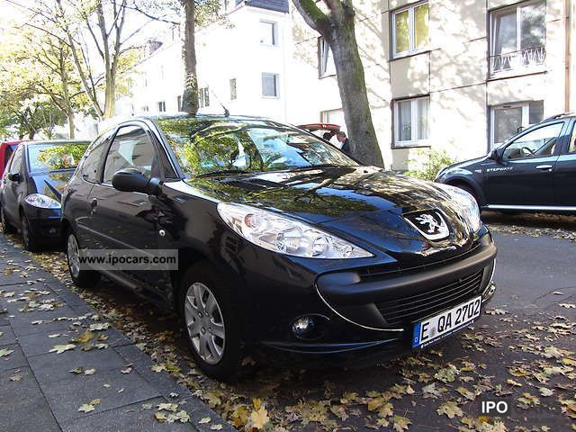 2010 Peugeot  206 + 60 Small Car Used vehicle photo