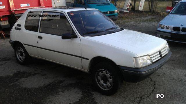 1992 peugeot 205 xe 1 hd t v new no rust car photo and specs. Black Bedroom Furniture Sets. Home Design Ideas
