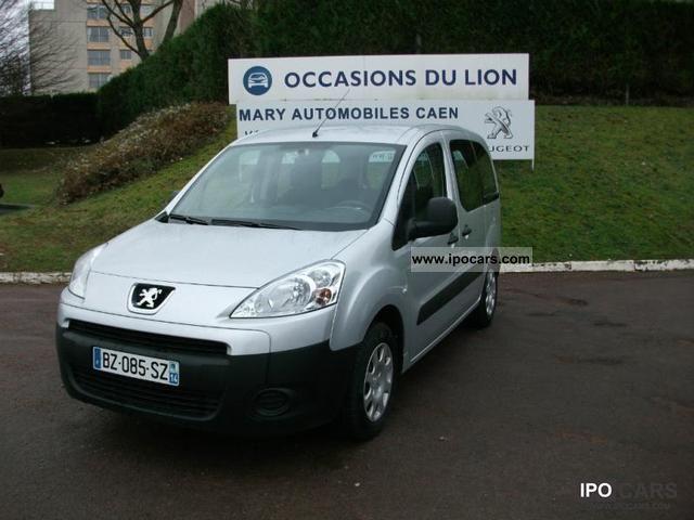 2011 Peugeot  Partner Tepee 1.6 HDi75 Confort Euro5 Estate Car Used vehicle photo