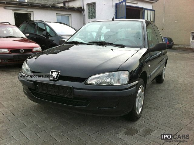 Peugeot  106 Style only 97TKM, TÜV again, clean racer 2000 Race Cars photo
