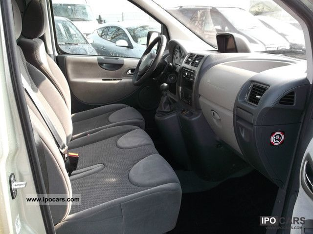 2010 Peugeot Expert Combi 9 seater L2H1 premium navigation