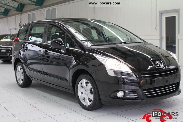 2011 peugeot 5008 2 0 hdi fap 150 premium dpf navigation car photo and specs. Black Bedroom Furniture Sets. Home Design Ideas