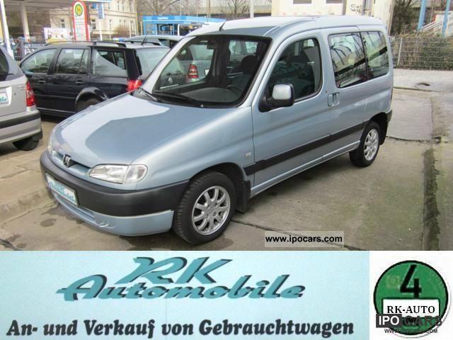 2002 Peugeot  Partner Combi 110 Combi Space, air, aluminum, 2 ski Estate Car Used vehicle photo