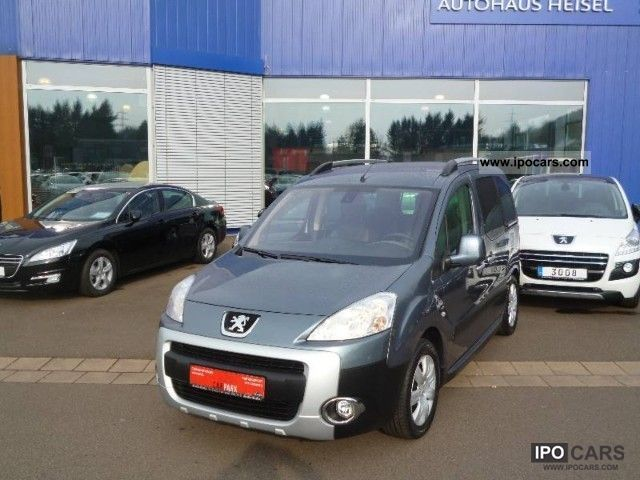 2009 Peugeot  Partner Tepee 110 1.6i Escapade Estate Car Used vehicle photo