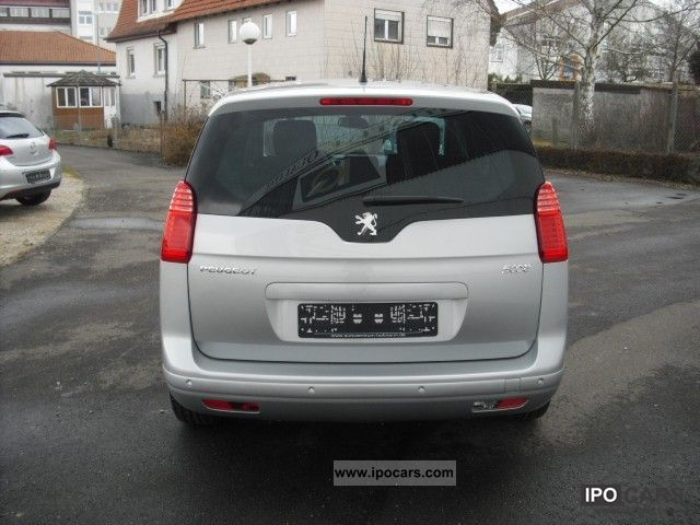 2011 peugeot 5008 family hdi 150 car photo and specs. Black Bedroom Furniture Sets. Home Design Ideas