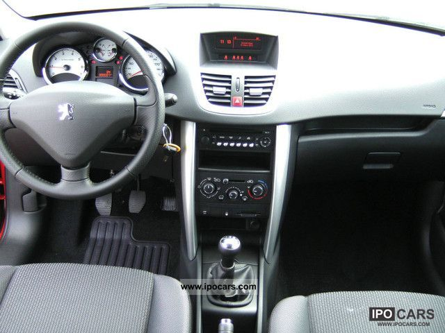 2011 peugeot 207 urban move 75 bluetooth euro 5 car photo and specs. Black Bedroom Furniture Sets. Home Design Ideas