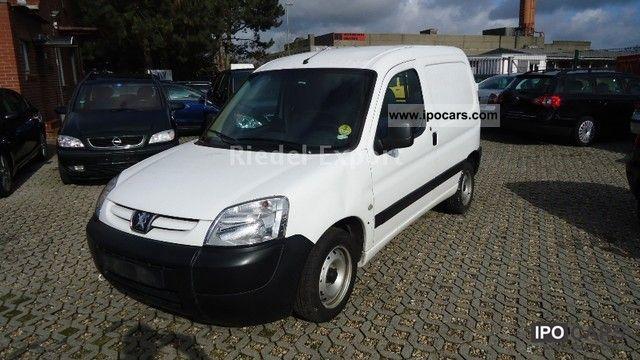 2003 Peugeot  Partner Van / Minibus Used vehicle photo