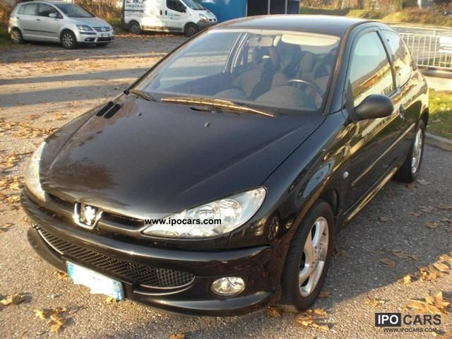 2004 Peugeot 206 1.4 3p. XS Limousine Used vehicle photo