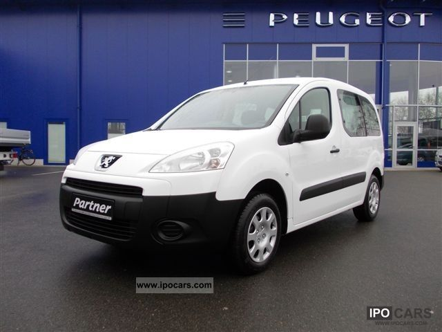 2011 Peugeot  Partner Tepee HDi 75 Esplanade Estate Car Demonstration Vehicle photo
