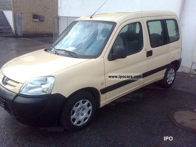 2005 Peugeot  Partner Combi D 70 Presence Estate Car Used vehicle photo