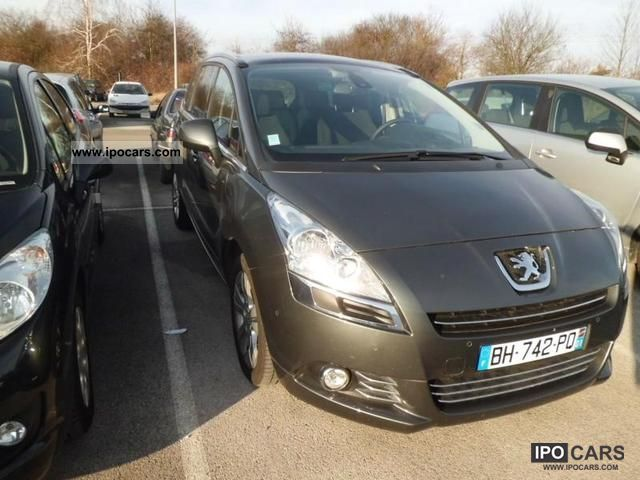 2011 Peugeot  5008 2.0 HDi Premium Pack 7PL Van / Minibus Used vehicle photo