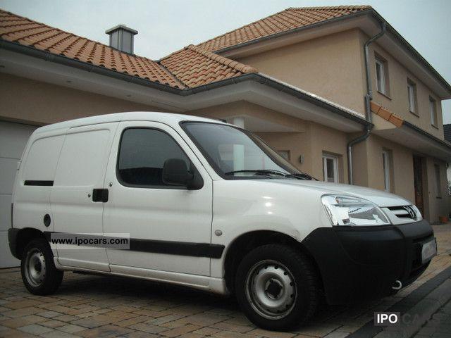 2005 Peugeot  Partner 190 C D 70 convenience only 41050km Van / Minibus Used vehicle photo