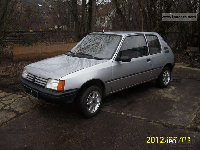 1992 Peugeot  205 XL Small Car Used vehicle photo