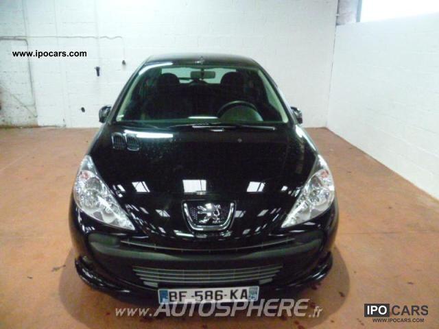 2010 Peugeot  206 + 1.4 HDi FAP Euro 5 Trendy 3p Limousine Used vehicle photo
