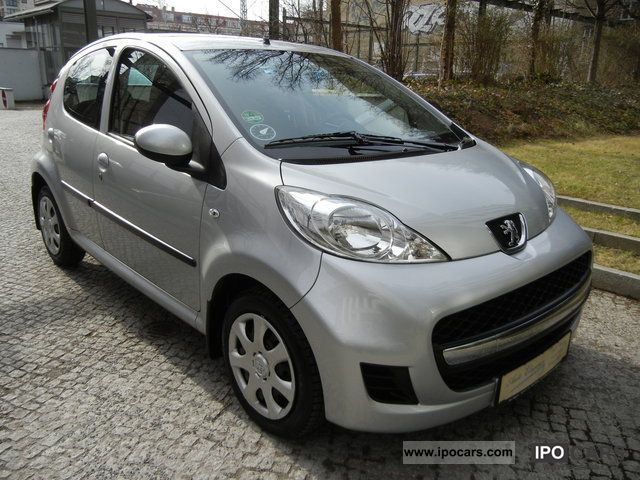 2011 peugeot 107 filou 70 1 hand 5 t rig metalik checkbook car photo and specs. Black Bedroom Furniture Sets. Home Design Ideas