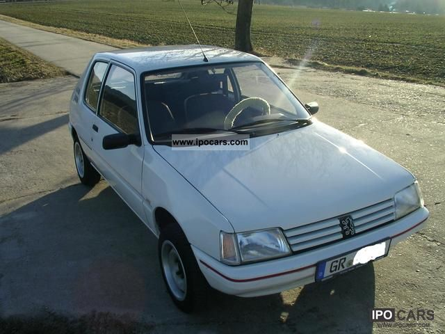 1990 Peugeot  205 XR Small Car Used vehicle photo