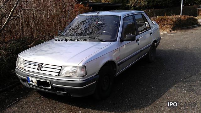 1990 Peugeot  309 SX Injection Limousine Used vehicle photo