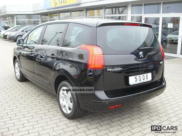 2012 peugeot 5008 active hdi 110 car photo and specs. Black Bedroom Furniture Sets. Home Design Ideas