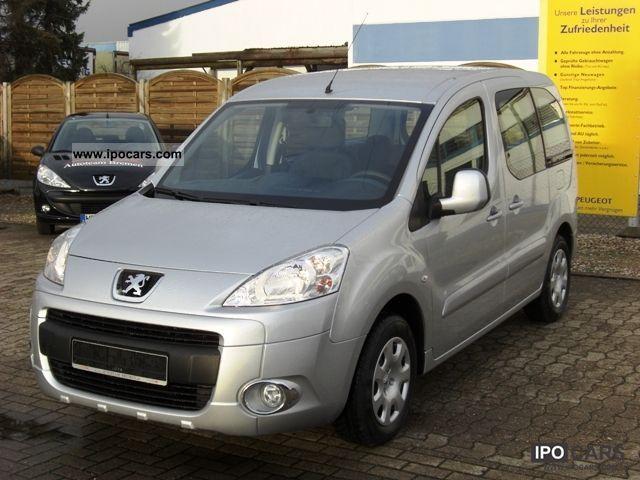 2011 Peugeot  Partner Tepee 120 VTi Tendance NEW-33%! Van / Minibus New vehicle photo