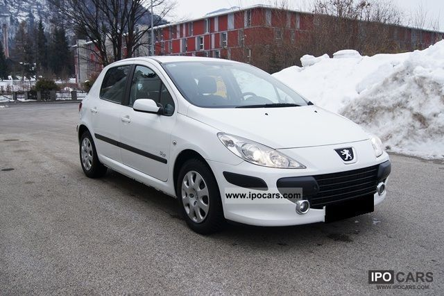 2007 Peugeot  307 air-facelift 5 door - CD Limousine Used vehicle photo