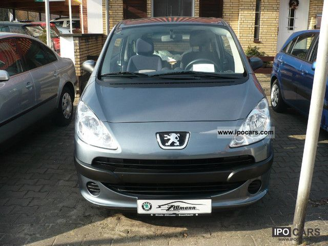 2009 Peugeot  1007 * 8-way * Frosted Electric Sliding doors * Estate Car Used vehicle photo