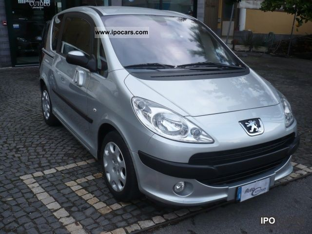 2007 Peugeot  1007 1.4 HDi Sporty Limousine Used vehicle photo