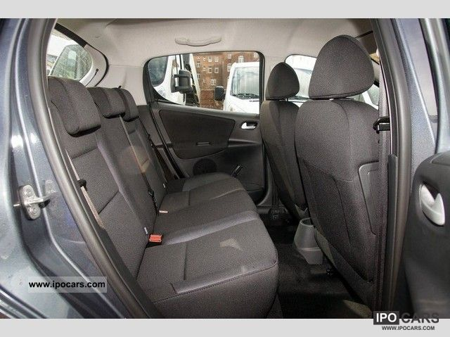 2012 peugeot tendance 207 hdi 90 5 door car photo and specs. Black Bedroom Furniture Sets. Home Design Ideas