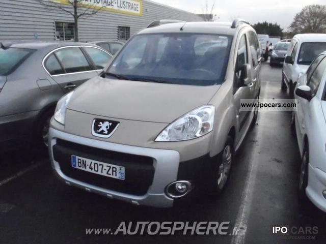 2011 Peugeot  Partner Tepee 1.6 HDi92 FAP Active Estate Car Used vehicle photo