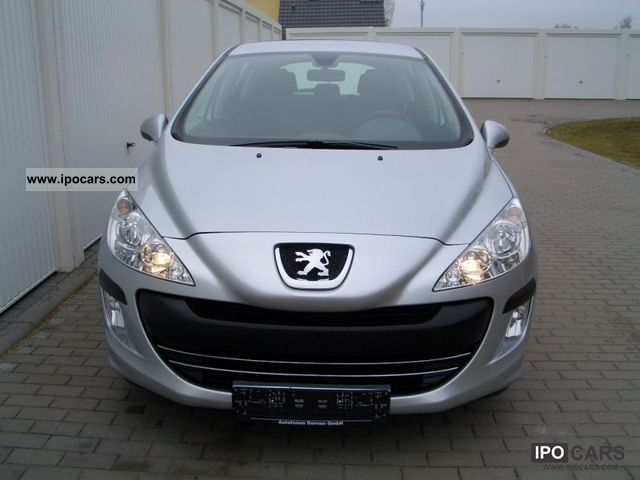 2011 peugeot 308 saloon 1 6 hdi 90 climate control cruise control car photo and specs. Black Bedroom Furniture Sets. Home Design Ideas