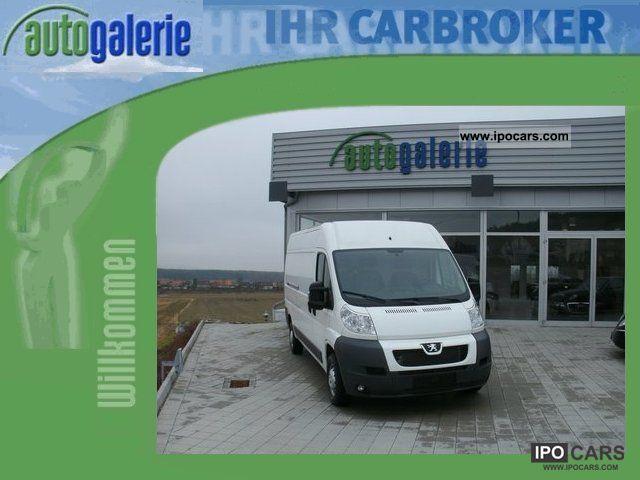 2012 Peugeot  Boxer Van / Minibus Used vehicle photo