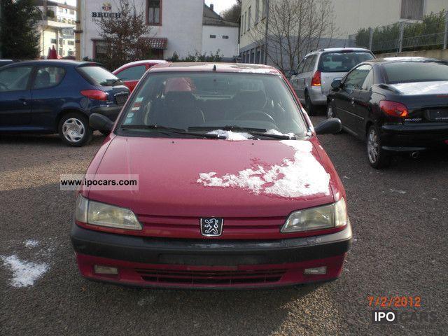 1994 Peugeot  306 XS Auto 5 Door Only 111 000 KM Limousine Used vehicle photo