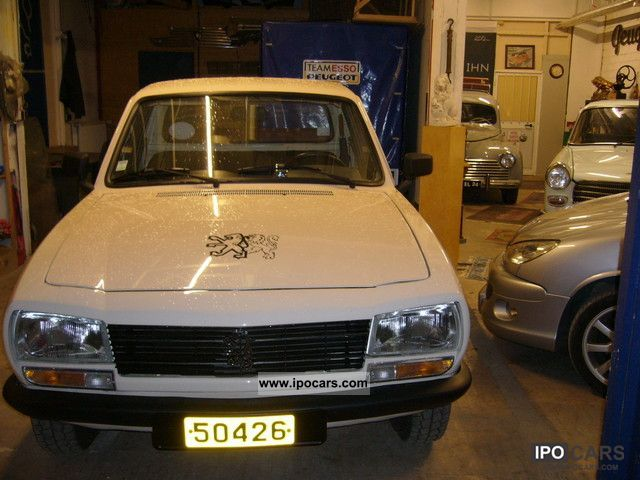 1990 peugeot 504 pick up car photo and specs. Black Bedroom Furniture Sets. Home Design Ideas