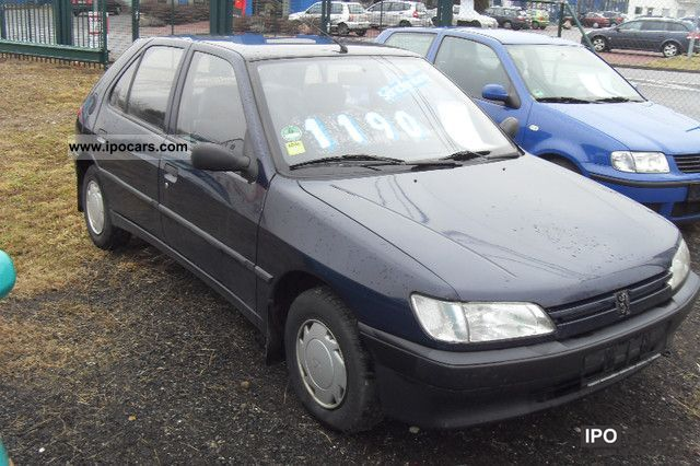1994 Peugeot  306 with winter tires, power Limousine Used vehicle photo