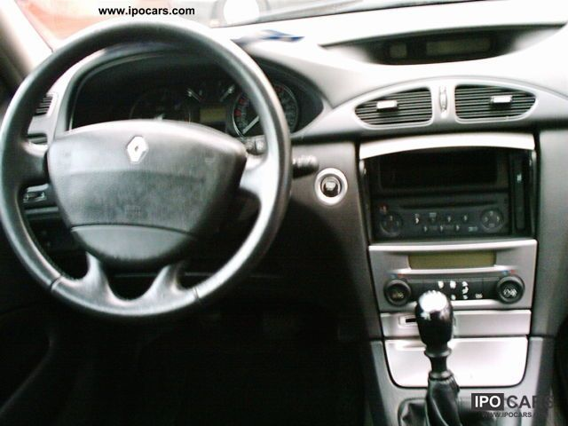 2001 Renault Laguna 1 9 Dci Parktr Ahk Partial