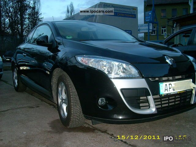 2010 renault megane dci 130 coupe night and day car photo and specs. Black Bedroom Furniture Sets. Home Design Ideas