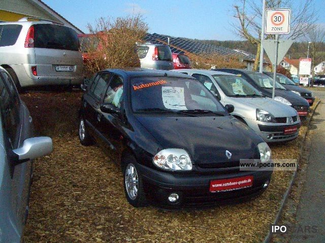 2000 Renault  Initial Clio 1.6 Automatic Limousine Used vehicle photo