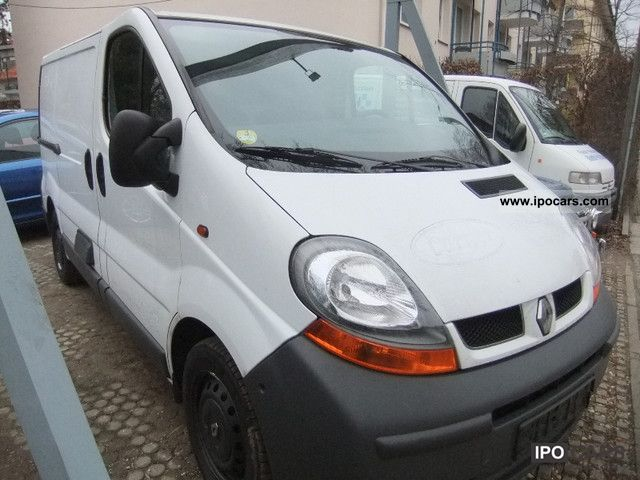 2007 Renault  Trafic 2.0 dCi 90 L1 H1 + air + interior shelves Estate Car Used vehicle photo