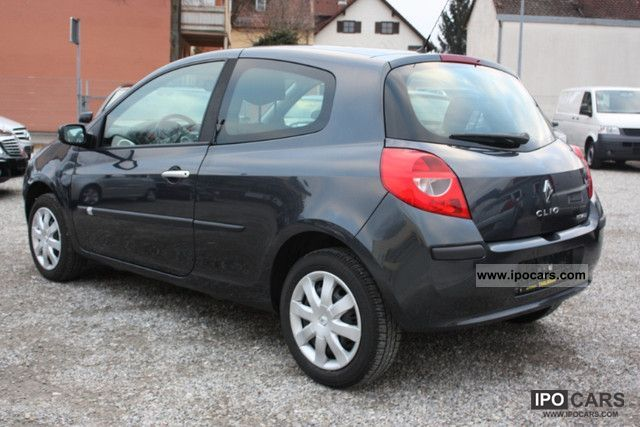 2007 renault clio 1 2 16v dynamique edition climate 4 car photo and specs. Black Bedroom Furniture Sets. Home Design Ideas