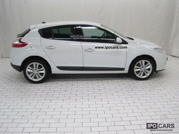 2011 renault megane iii megane iii dci 110 berline fa car photo and specs. Black Bedroom Furniture Sets. Home Design Ideas