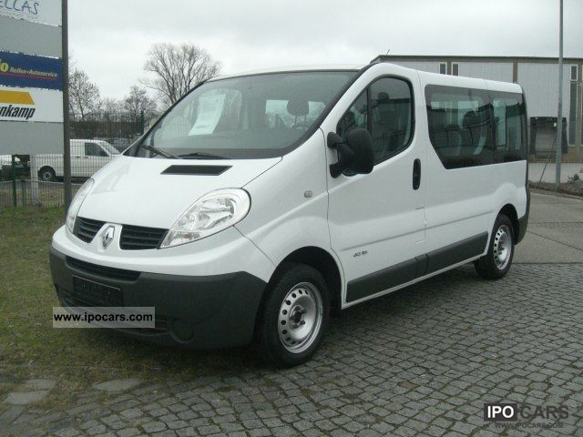 2009 Renault  Trafic 2.0 dCi 115 passenger L1H1 8-seater Estate Car Used vehicle photo