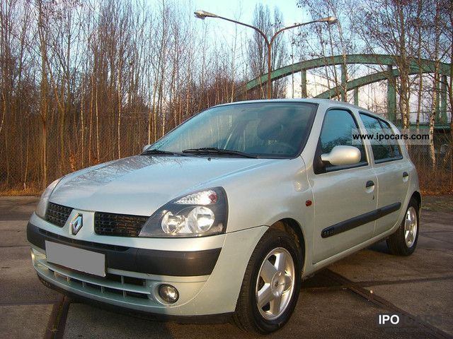 2002 Renault  Clio 1.4 Automatic Small Car Used vehicle photo