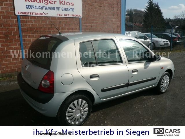 2001 renault clio 1 2 16v privilege 5 door air maintained car photo and specs. Black Bedroom Furniture Sets. Home Design Ideas