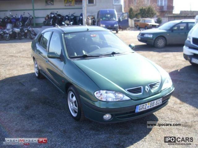 2002 Renault  Megane 1.9 DCI książka servisowa! Limousine Used vehicle photo