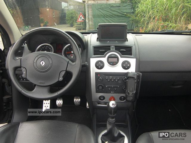 2004 renault megane cc 1 9 dci navi leather klimaautom pdc alu car photo and specs. Black Bedroom Furniture Sets. Home Design Ideas