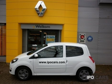 2011 renault twingo 1 2 16v authentique 75pk 39 nieuw 39 excl af car photo and specs. Black Bedroom Furniture Sets. Home Design Ideas