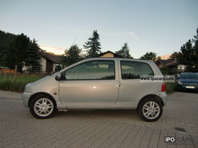 2004 Renault Twingo 1.2 Expression Ragtop Small Car Used vehicle photo ...