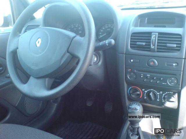 Renault Clio 2004 Sedan 2004 Renault Clio