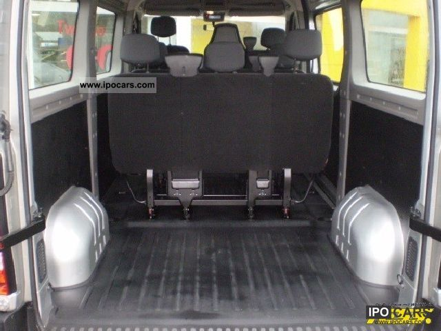 2011 renault master dci 125 fap combi l2h2 air car photo and specs. Black Bedroom Furniture Sets. Home Design Ideas