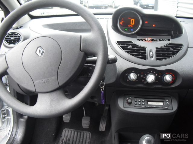 2010 renault twingo 1 2 60 new authentique 1 hand air. Black Bedroom Furniture Sets. Home Design Ideas
