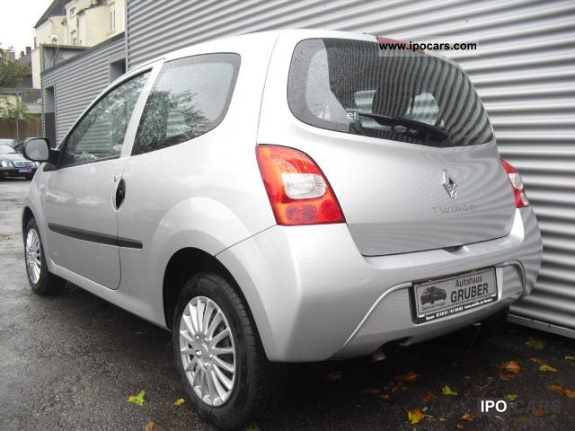 2010 renault twingo 1 2 60 new authentique 1 hand air abs car photo and specs. Black Bedroom Furniture Sets. Home Design Ideas